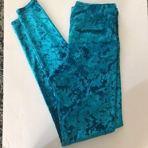 Onzie Velvet leggings